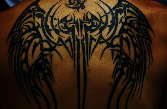 Tatuaje grande en la espalda