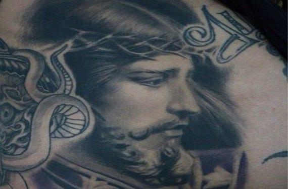 Los tatuajes religiosos están muy extendidos sobre todo en latinoamérica