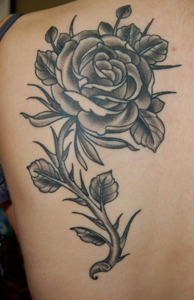 tatuajes-rosas-negras2