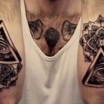 Tatuaje Illuminati para hombres
