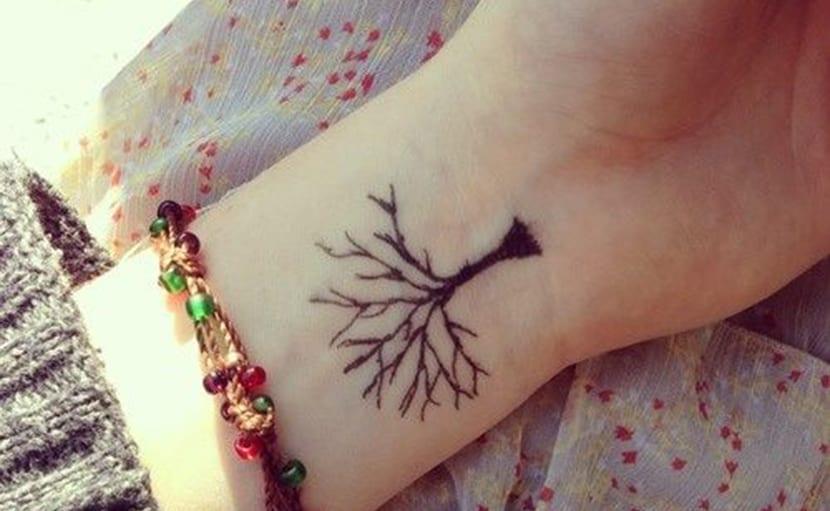 Tatuajes De Arboles Pequeños