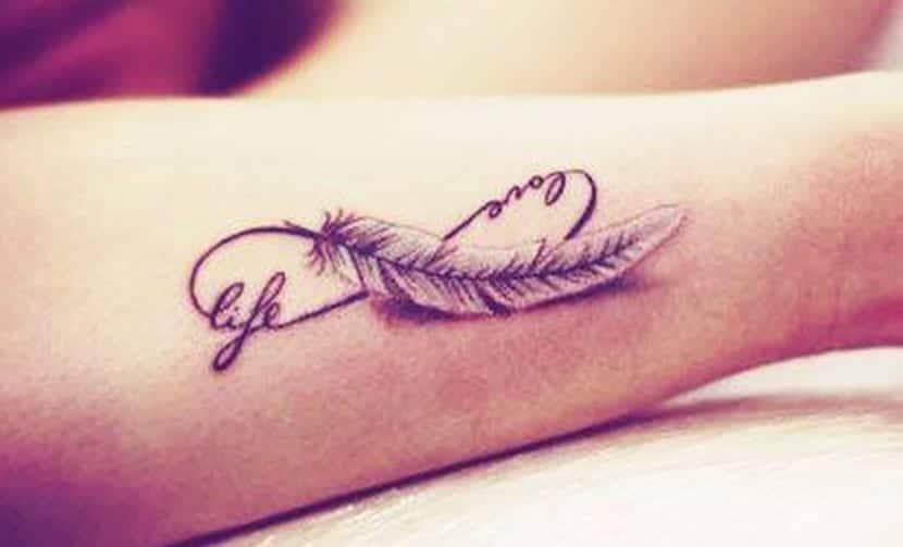 Tatuajes De Plumas Significado Y Recopilación
