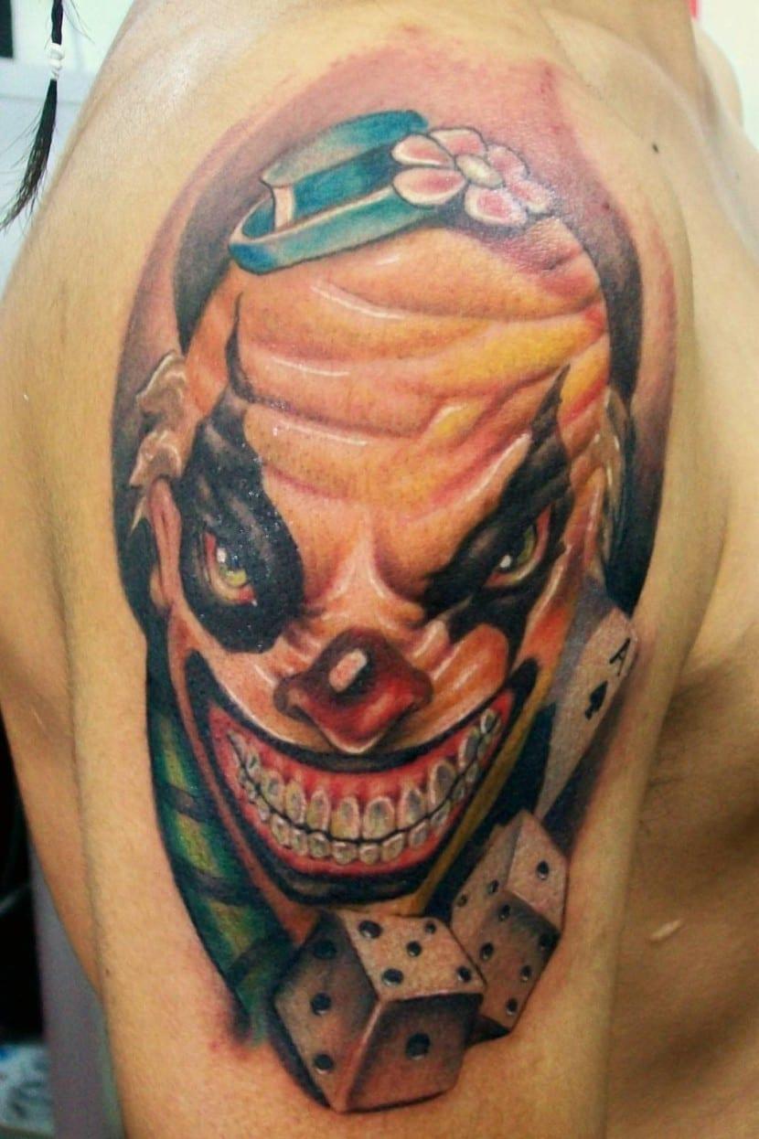 tatuaje payaso siniestro
