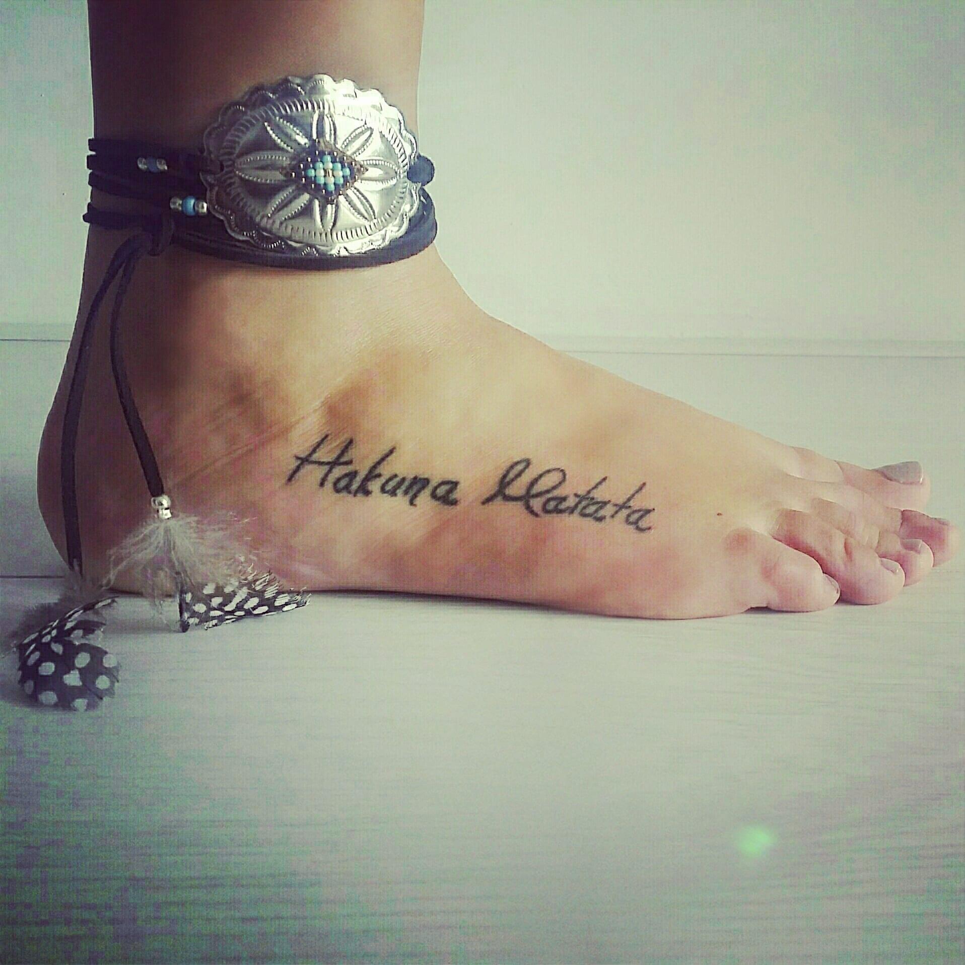 Estupendos Tatuajes De Hakuna Matata
