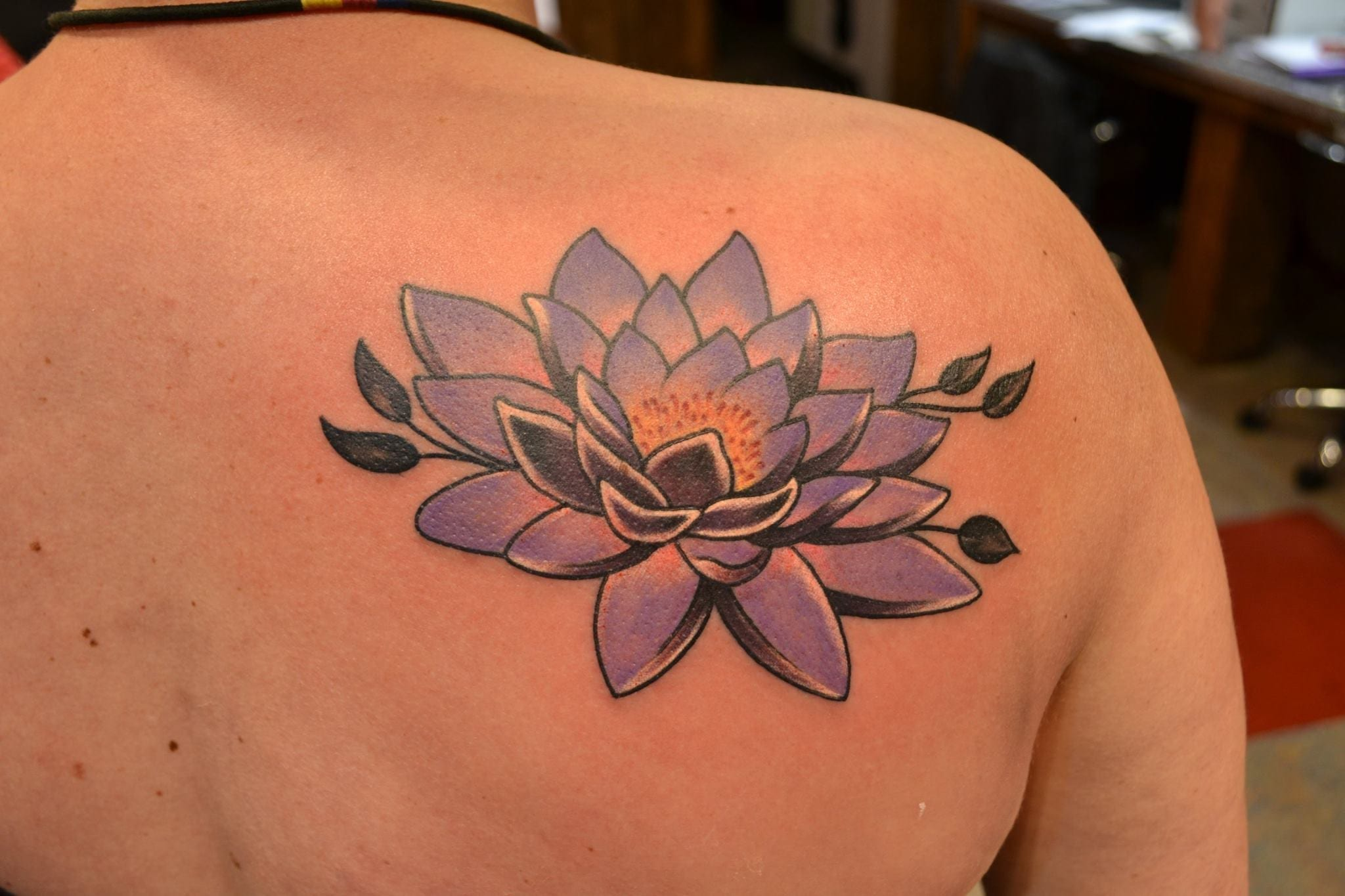 Precisos Disenos De Tatuajes De La Flor De Loto