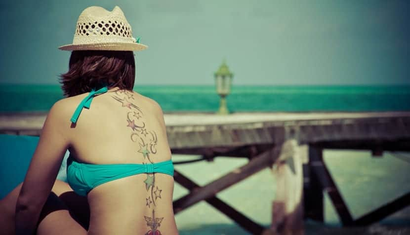 Tatuajes y la playa
