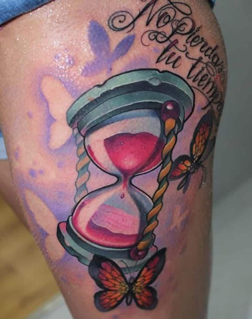 reloj de arena ilustracion con hombre metido dentro