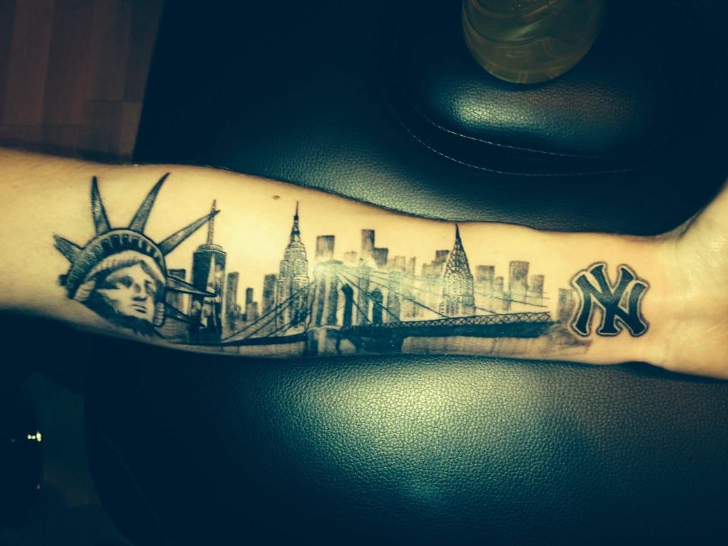 Tattoo Design Bild: Tatuajes De La Estatua De La Libertad