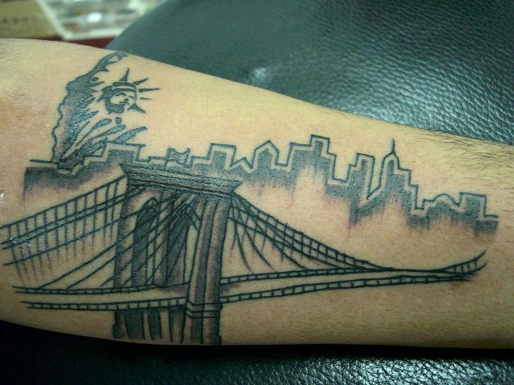 Tatuajes de la estatua de la libertad for Brooklyn tattoo ideas
