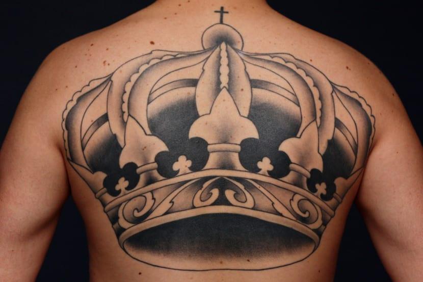Por Qué Las Personas Se Hacen Tatuajes De Coronas