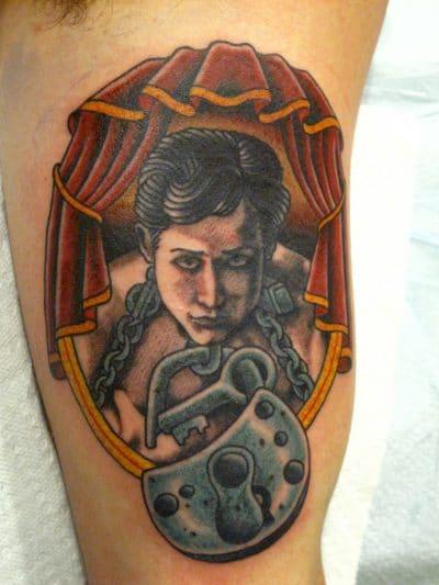 Tatuaje de Houdini para simbolizar tu agilidad de escapista