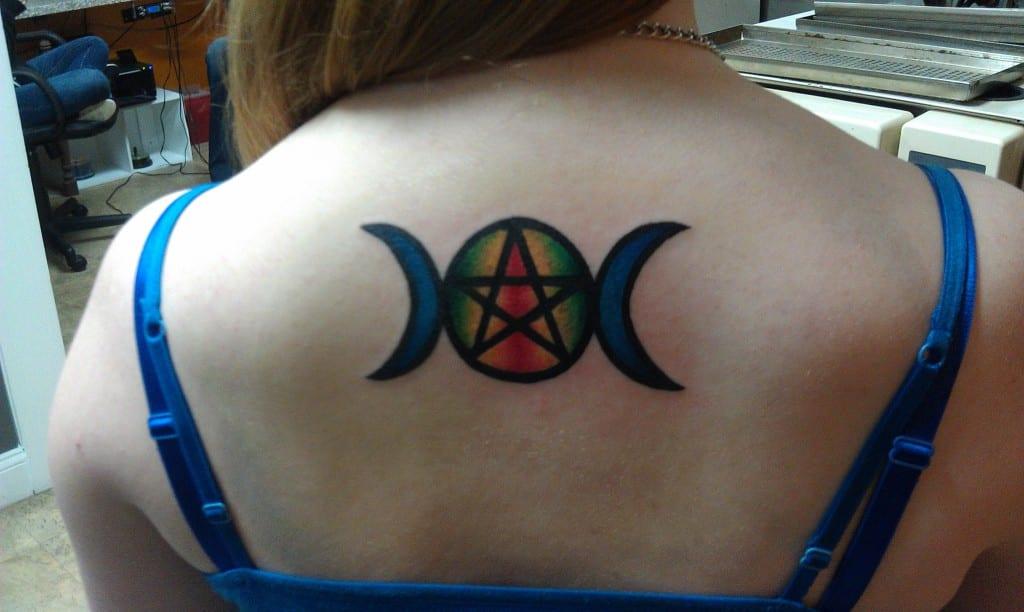 tatuaje pagano wicca lunas