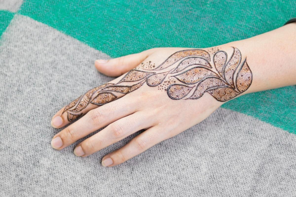 Helecho hecho con henna