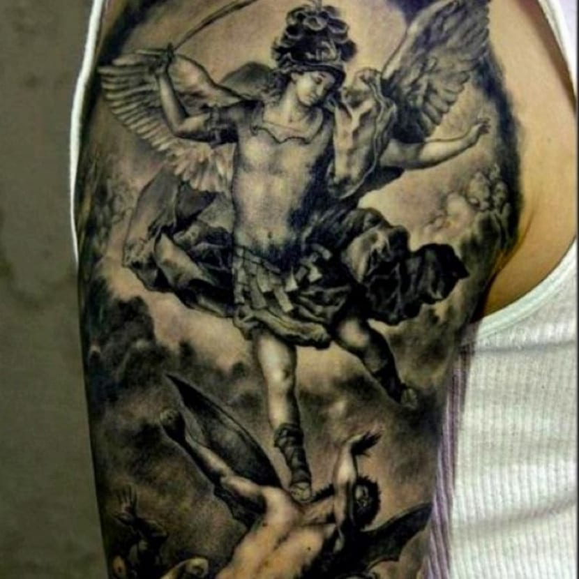 Tatuajes De ángeles Y Demonios