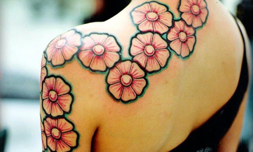 Tatuajes De Flor De Cerezo Y Su Significado