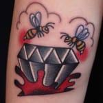 Tatuajes de diamantes brazo