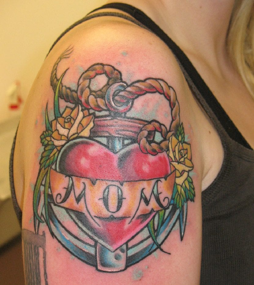 Corazon Con Rosa Y Espinas Para Dibujar Tatuajes Pequeños