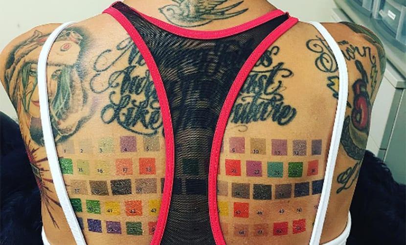 Nuevo Tatuaje De Ruby Rose Curioso Y Muy Colorido
