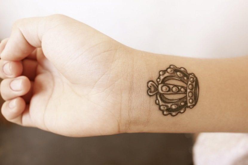 Significado De Tatuajes De Coronas