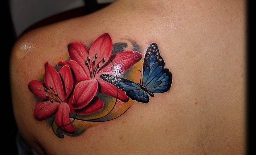 Tatuajes de flores y mariposas for Tattoo de flores
