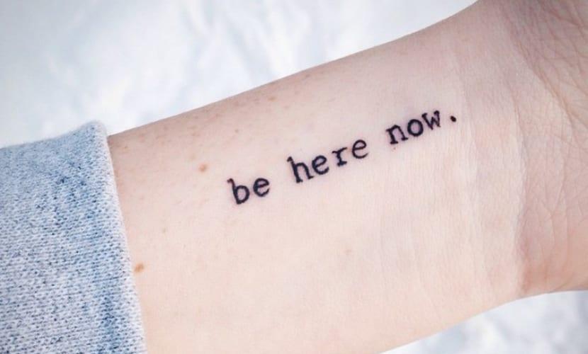 Frases Cortas En Ingles Los Tatuajes Mas Deseados Para Mujeres