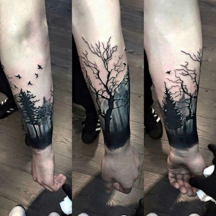 Tatuaje de bosque encantado