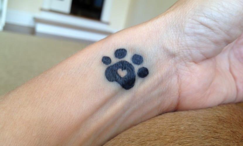 Huellas De Perro Los Tatuajes Con Más Simbolismo