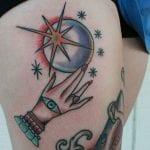 Tatuajes de bolas de cristal