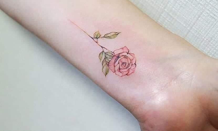 Tatuajes De Rosas Y Su Significado Un Simbolo De Amor
