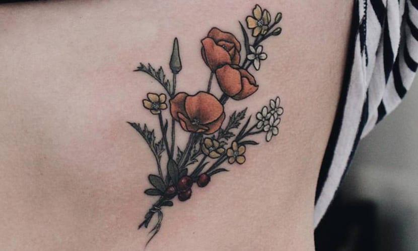 Tatuajes en las costillas