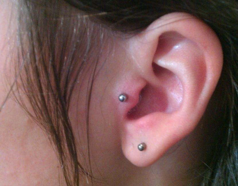 como saber si mi piercing esta infectado oreja