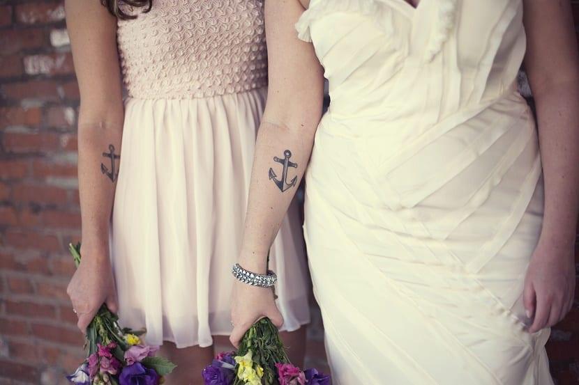 tatuajes de anclas mujeres