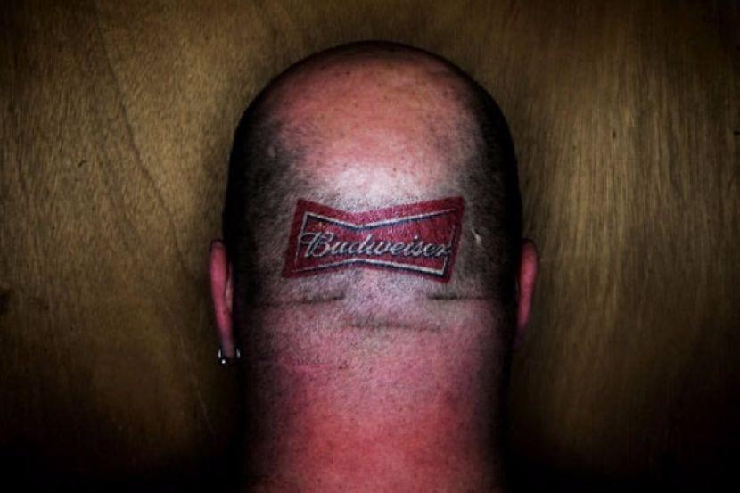 tatuajes de anuncios comerciales