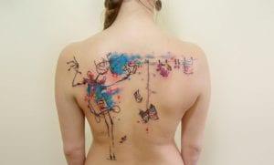 Tatuaje acuarela espalda
