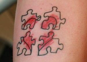 tatuajes de corazones rotos