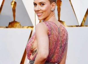 Scarlett Johansson tatuaje Oscar 2017