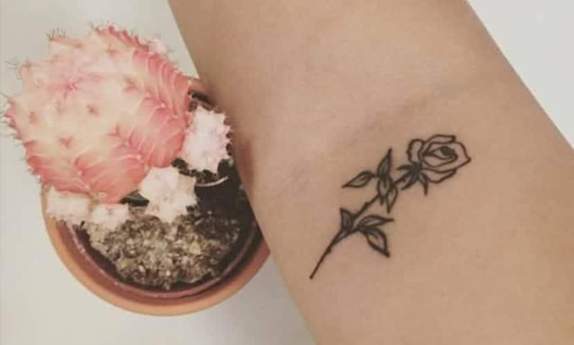 Tatuajes Pequeños Para Adolescentes Mujeres tatuajes para el tobillo pequeos. amazing elegant ankle tattoo of a