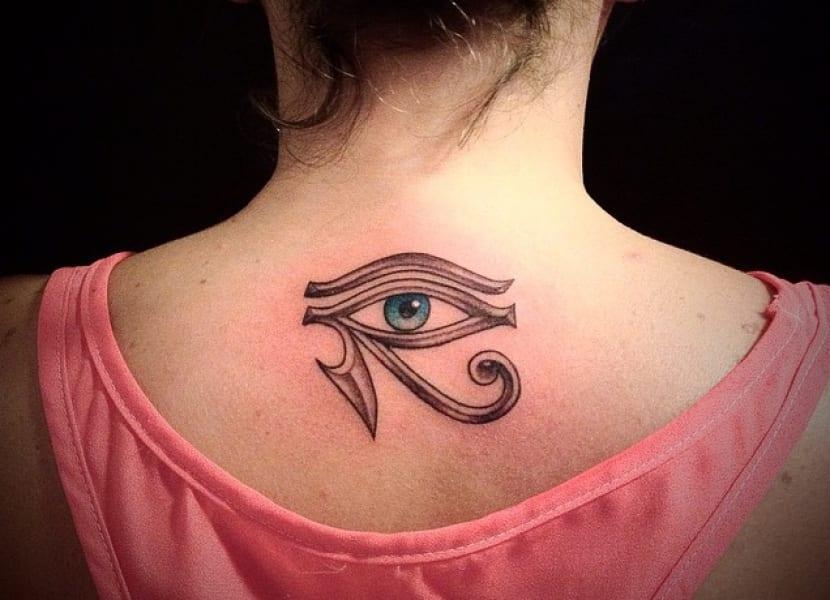 El Ojo De Ra Significados Y Disenos Originales Del Tatuaje