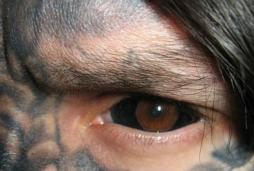 tatuajes en los ojos