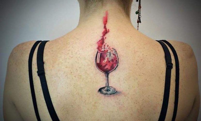 Tatuajes de copas de vino