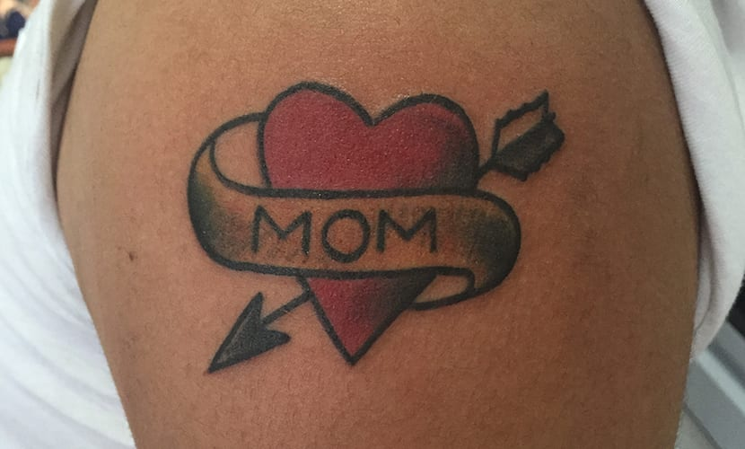 Tatuajes de corazones con flechas