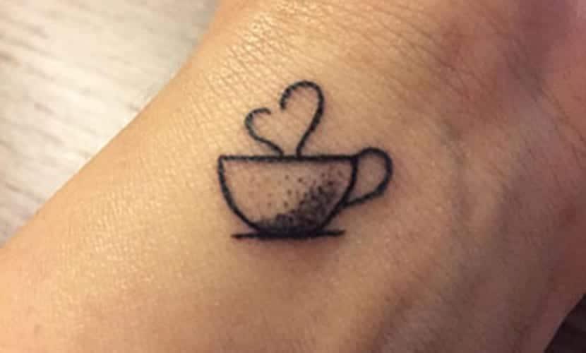 Tatuajes De Tazas De Café: Recopilación De Diseños