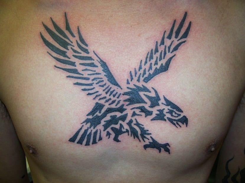 tatuaje para hombre águila
