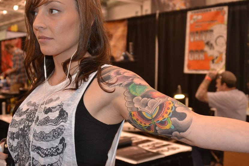 Tatuaje manga mujer
