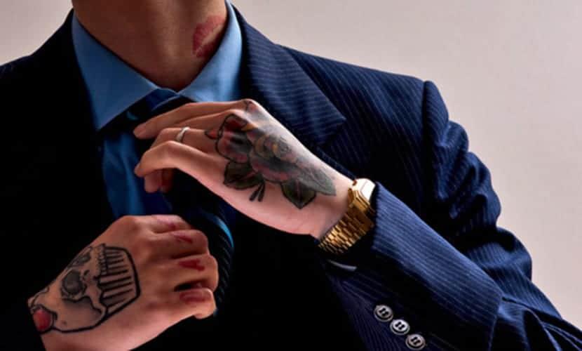 Perder el trabajo por tener tatuajes