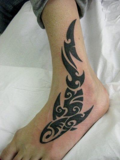 Tatuaje de tiburón maco