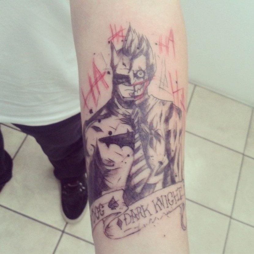 Tatuaje de Batman y el Joker