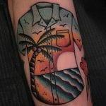 Tatuajes de camisetas hawaianas