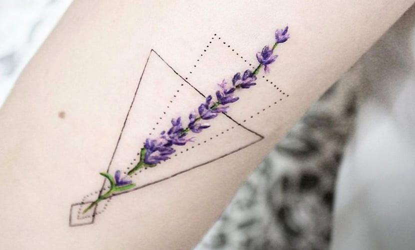 Tatuajes de lavanda