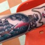 Tatuajes de barcos en botella